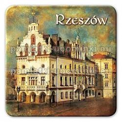 Magnes Rzeszów Ratusz kwadrat